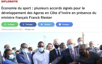 Économie du sport : plusieurs accords signés pour le développement des Agoras en Côte d'Ivoire en présence du ministre français Franck Riester